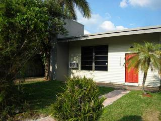 1328 NE 16th Ave, Fort Lauderdale, FL 33304