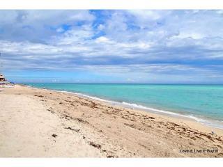 17275 Collins Ave, Sunny Isles Beach, FL 33160