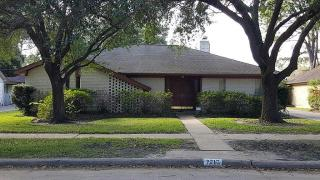 7710 Lacy Hill Dr, Houston, TX 77036