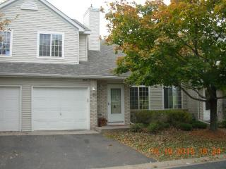 9349 Turnberry Alcove, Woodbury MN