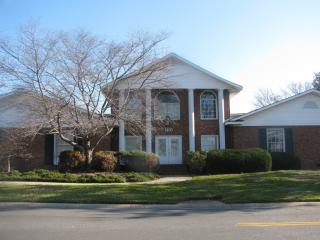 1433 Emerywood Dr #C, Charlotte, NC 28210