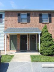 225 Miller Rd, Akron, PA 17501