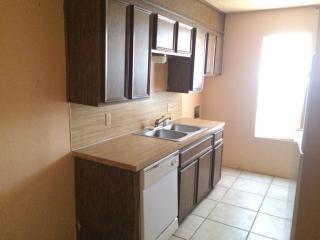3302 Salisbury Ave, Lubbock, TX 79410