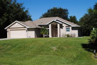 3183 Junction St, North Port, FL 34288