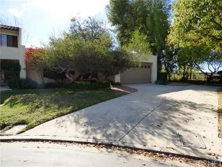 593 Harwood Ln, Thousand Oaks, CA 91360
