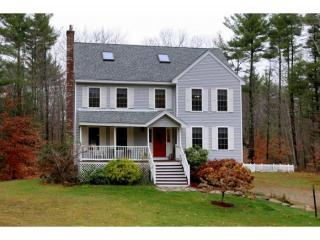 95 Scrabble Rd, Brentwood, NH 03833