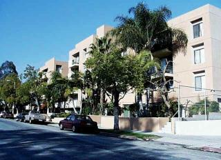 1800 N New Hampshire Ave, Los Angeles, CA 90027