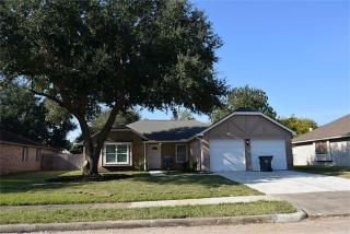 2115 Endicott Lane, Sugar Land TX