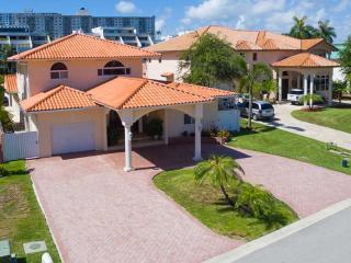 300 Atlantic Isle, Sunny Isles Beach FL