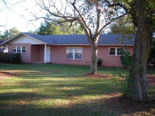 411 Orange Ave, Foley, AL 36535