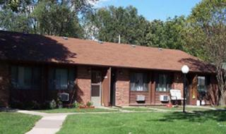 333 S Commercial St #3, Carson, IA 51525