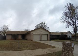 5021 Oak Valley Rd, Oklahoma City, OK 73135