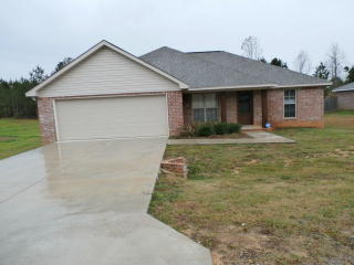 50 Hemingway Dr, Sumrall, MS 39482