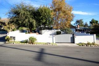 3558 Glenrose Ave, Altadena, CA 91001