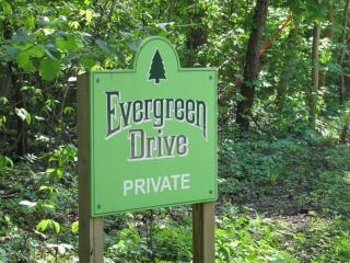 Evergreen Drive, Bridgman MI