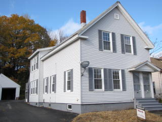 42 King St, Waterville, ME 04901
