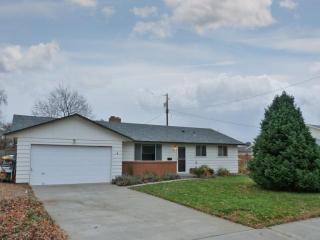 1810 Marshall Ave, Richland, WA 99354