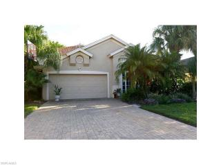 7573 Citrus Hill Ln, Naples, FL 34109