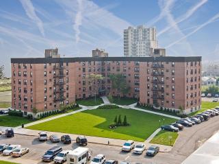 2010 Seagirt Blvd, Queens, NY 11691