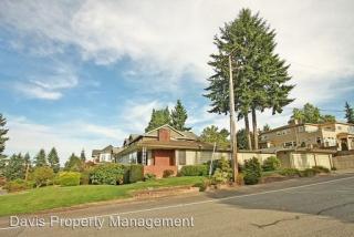 9803 NE 30th St, Bellevue, WA 98004