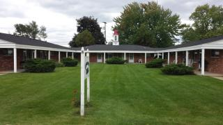 3065 S Commerce Rd #14, Wolverine Lake, MI 48390
