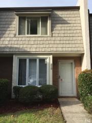 210 Cobblestone Dr, Wilmington, NC 28405