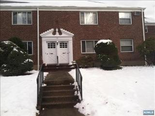 135 E Clinton Ave #2B, Bergenfield, NJ 07621