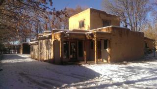 320 Montoya St, Taos, NM 87571