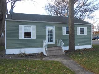 246 N Lindberg St, Griffith, IN 46319