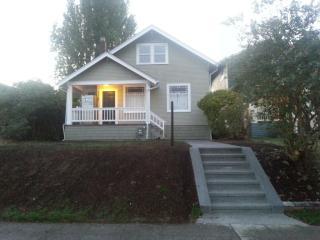 3213 45th Ave SW, Seattle, WA 98116