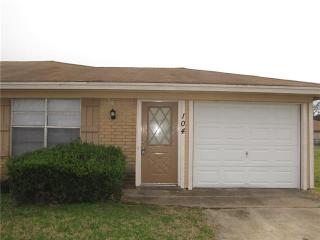104 Ramada Ave, Joshua, TX 76058