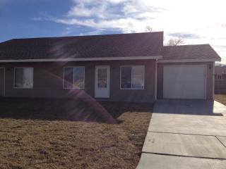 1057 E Karla Ave, Haysville, KS 67060