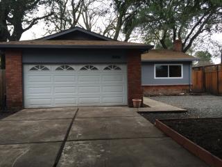 18491 Riverside Dr, Sonoma, CA 95476