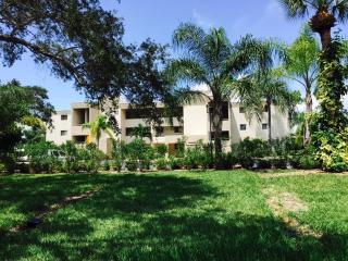 801 Islamorada Blvd #25B, Punta Gorda, FL 33955