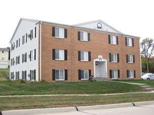 125 20th Ave SW, Cedar Rapids, IA 52404