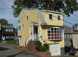 1 Colonial Ct, Marblehead, MA 01945