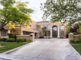 8933 Brook Bay Court, Las Vegas NV