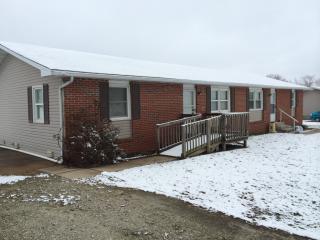455 Northview Cir W, Fair Grove, MO 65648