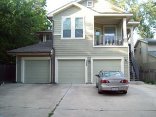 702 Franklin Blvd, Austin, TX 78751
