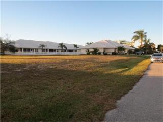 215 Lewis Circle, Punta Gorda FL