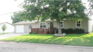 507 S Bismark Ave, Ellinwood, KS 67526