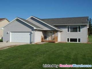 111 Spruce St SE, Fountain, MN 55935