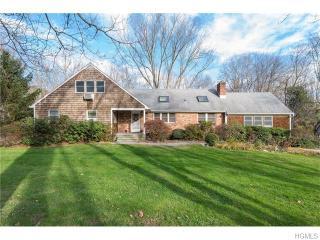 4 Brook Farm Rd E, Bedford, NY 10506