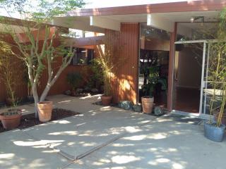 1523 Brandywine Rd, San Mateo, CA 94402