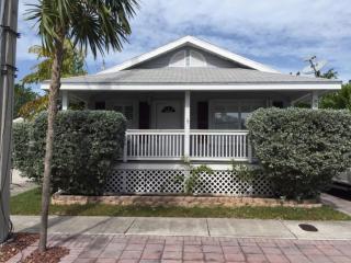 3323 Donald Avenue, Key West FL