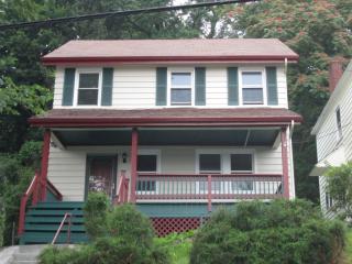 4051 Grizella St, Pittsburgh, PA 15214