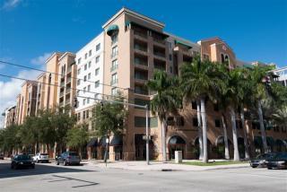 353 Aragon Ave, Coral Gables, FL 33134
