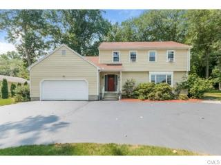 17 Sterling Road, Trumbull CT