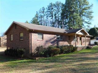 112 Brown St, Westminster, SC 29693