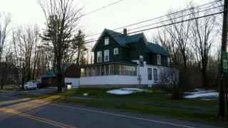 79 Maple St #1, Bethlehem, NH 03574